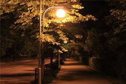 «Коммерческий» на связи: Тусклый свет на Войкова