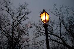 «Коммерческий» на связи: больше света в Новый год!